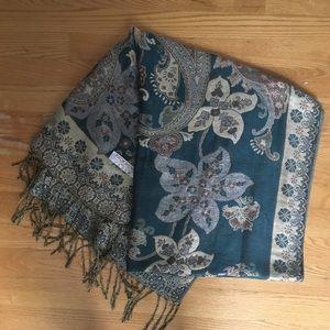 Other - Pashmina scarf